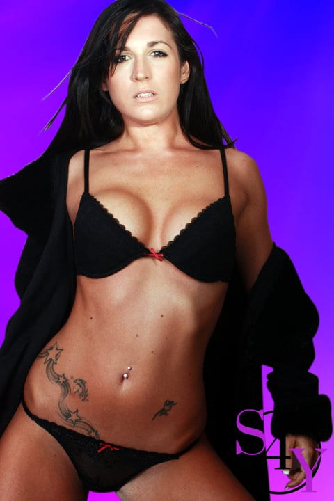 Big boob black hair female exotic dancer